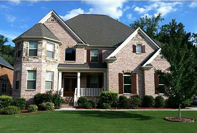 Estate Home In Austins Pointe Subdivision