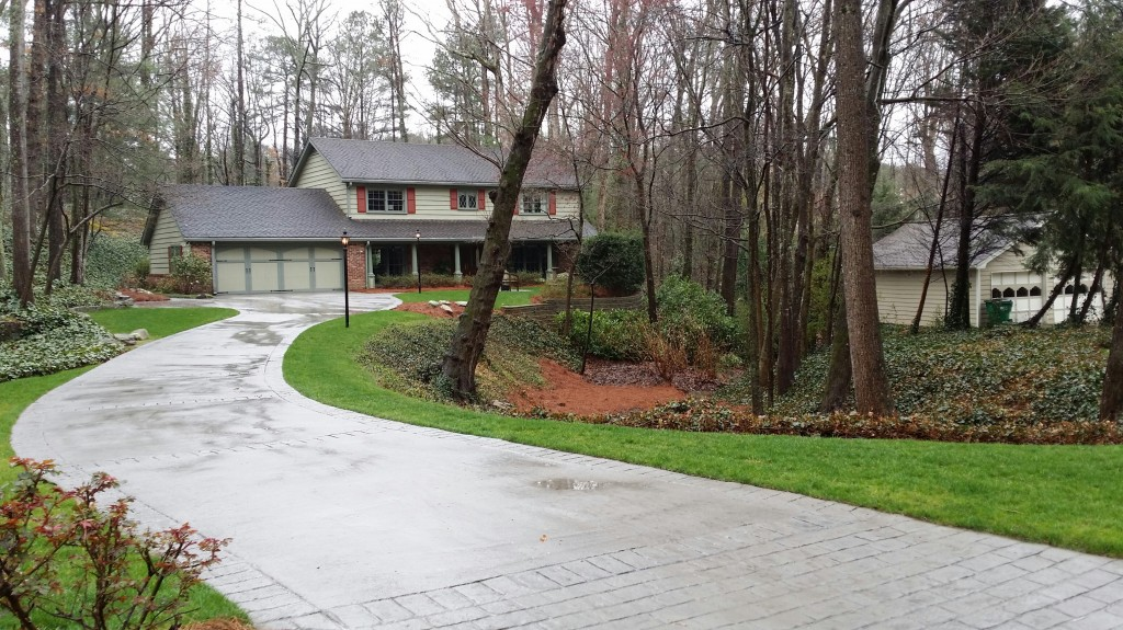Home In Dunwoody GA North Springs Subdivision